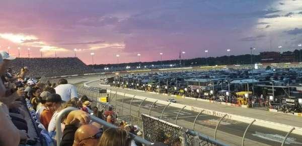 Darlington Raceway, Bereich: Tyler Tower F, Reihe: 5, Platz: 17