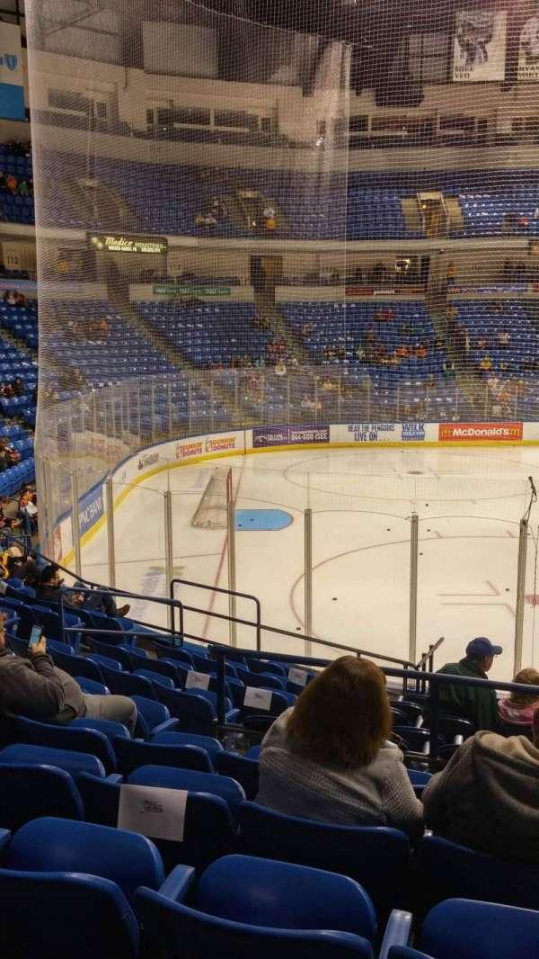 Mohegan Sun Arena at Casey Plaza, Abschnitt: 106, Reihe: M, Platz: 19