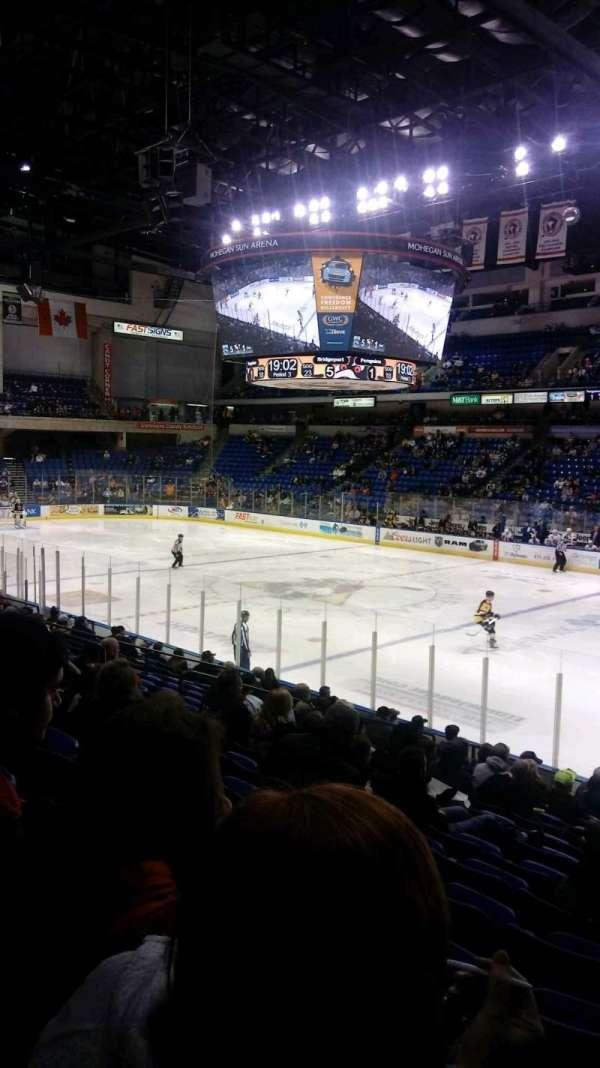 Mohegan Sun Arena at Casey Plaza, Abschnitt: 114, Reihe: P, Platz: 20