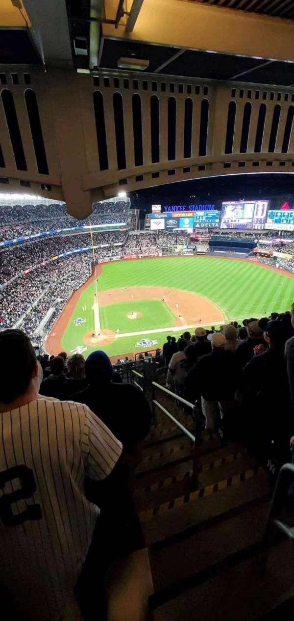 Yankee Stadium, Abschnitt: 418, Reihe: 13, Platz: 1