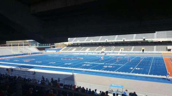 Albertsons Stadium, Abschnitt: 6, Reihe: W, Platz: 9
