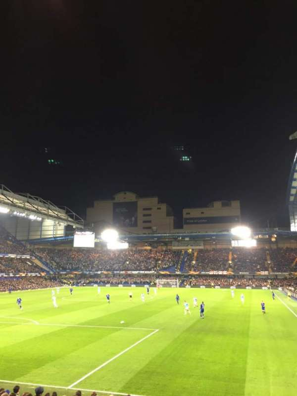 Stamford Bridge, Abschnitt: Matthew Harding Lower 10, Reihe: T, Platz: 305