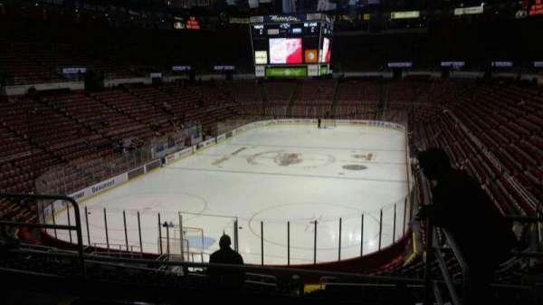 Joe Louis Arena, Abschnitt: 213B, Reihe: 5, Platz: 13
