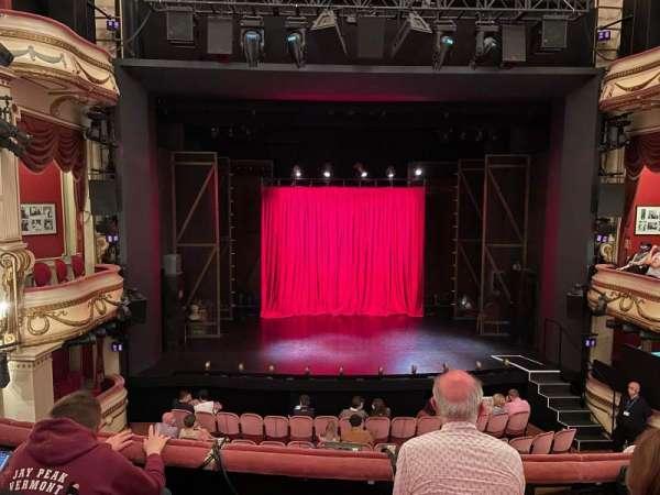 Noel Coward Theatre, Bereich: Royal Circle, Reihe: C, Platz: 18
