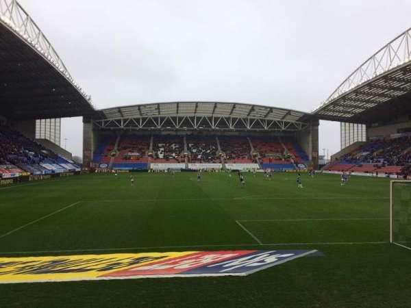 DW Stadium, Abschnitt: NS5, Reihe: E, Platz: 117