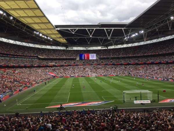 Wembley Stadium, Abschnitt: 135, Reihe: 34, Platz: 36