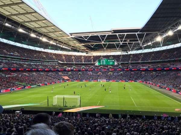 Wembley Stadium, Abschnitt: 132, Reihe: 34, Platz: 289