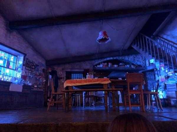 Bernard B. Jacobs Theatre, Abschnitt: Orchestra, Reihe: A, Platz: 110