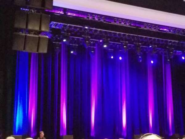 Borgata Event Center, Abschnitt: 100, Reihe: 16, Platz: 14