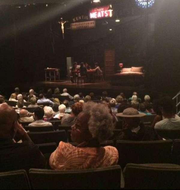 Laura Pels Theatre, Abschnitt: ORCH, Reihe: O, Platz: 16