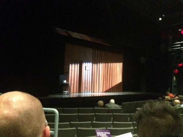 Laura Pels Theatre, Abschnitt: Orch Left, Reihe: K, Platz: 13