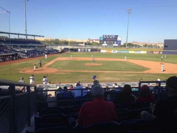 Peoria Sports Complex, Abschnitt: 208, Reihe: FF, Platz: 12