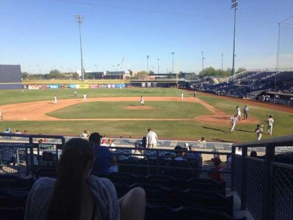 Peoria Sports Complex, Abschnitt: 207, Reihe: FF, Platz: 12