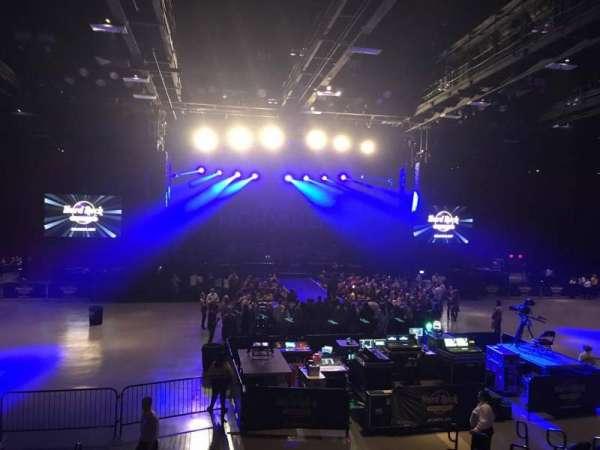 Hard Rock Live at Etess Arena, Abschnitt: 208, Reihe: K, Platz: 10