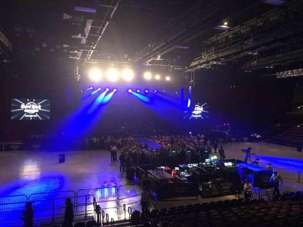 Hard Rock Live at Etess Arena, Abschnitt: 209, Reihe: O, Platz: 4