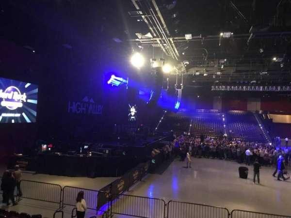 Hard Rock Live at Etess Arena, Abschnitt: 213, Reihe: J, Platz: 7