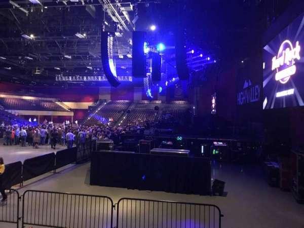 Hard Rock Live at Etess Arena, Abschnitt: 201, Reihe: E, Platz: 2