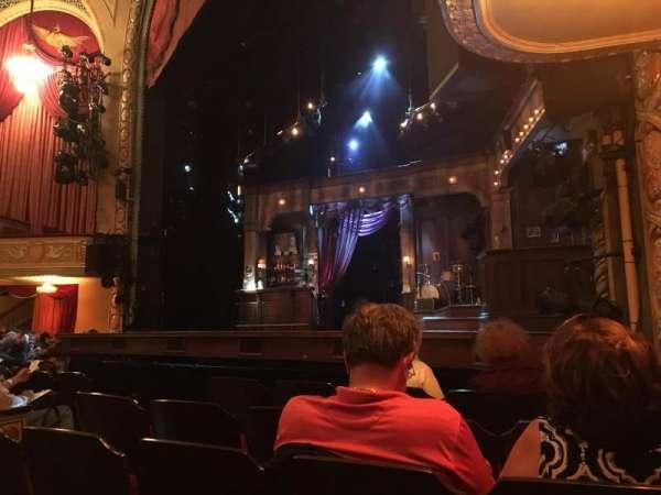 Bernard B. Jacobs Theatre, Abschnitt: Orchestra, Reihe: E, Platz: 14