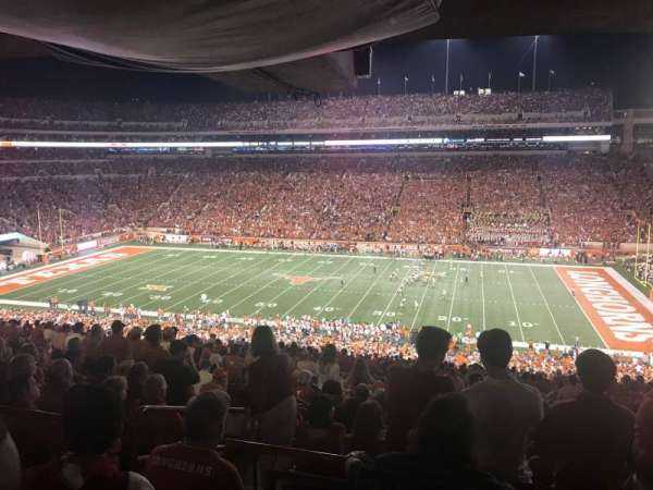 Texas Memorial Stadium, Abschnitt: 3, Reihe: 66, Platz: 4
