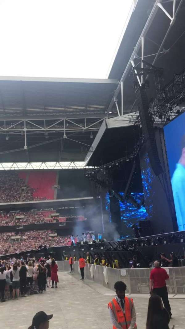 Wembley Stadium, Abschnitt: 141, Reihe: 4, Platz: 226