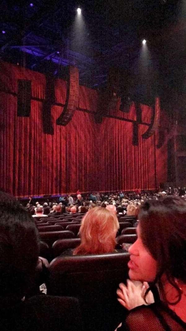 Microsoft Theater, Abschnitt: Orchestra Left, Reihe: CC, Platz: 509