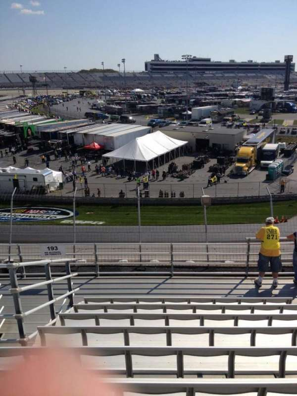 Dover International Speedway, Abschnitt: 192, Reihe: 9, Platz: 10