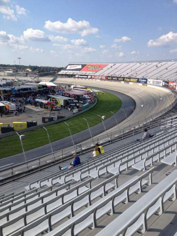 Dover International Speedway, Abschnitt: 219, Reihe: 12, Platz: 9