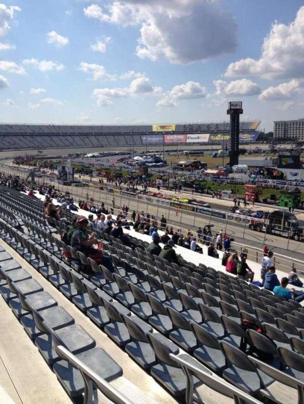 Dover International Speedway, Abschnitt: 245, Reihe: 37, Platz: 10
