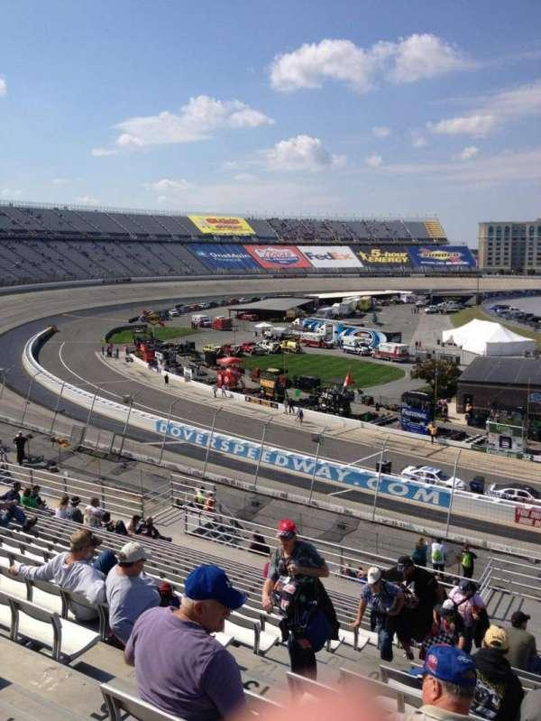Dover International Speedway, Abschnitt: 112, Reihe: 18, Platz: 9
