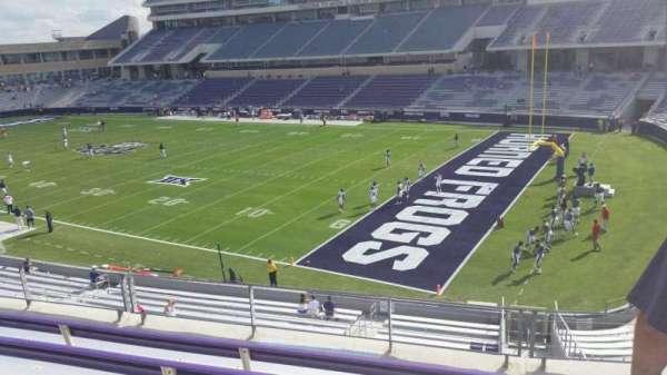 Amon G. Carter Stadium, Abschnitt: 230, Reihe: E, Platz: 1
