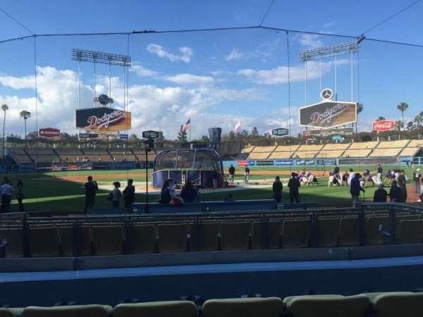 Dodger Stadium, Abschnitt: 2FD, Reihe: D, Platz: 5