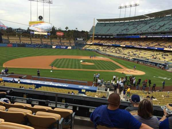 Dodger Stadium, Abschnitt: 127LG, Reihe: E, Platz: 8