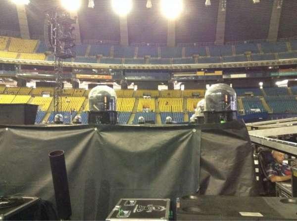 Olympic Stadium, Montreal, Abschnitt: B5, Reihe: V, Platz: 18