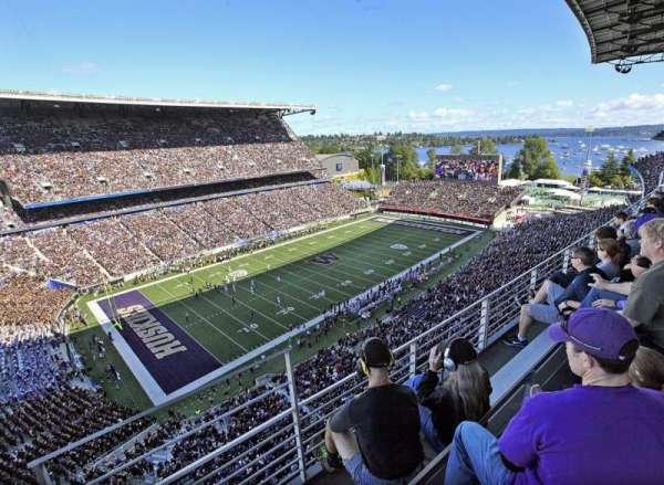 Husky Stadium, Abschnitt: 332