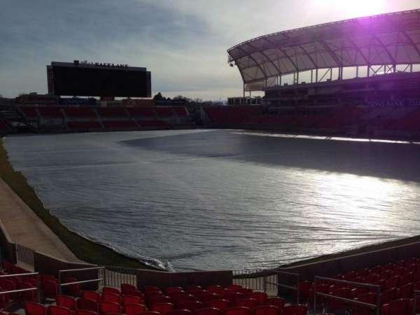 Rio Tinto Stadium, Abschnitt: 32, Reihe: p, Platz: 10