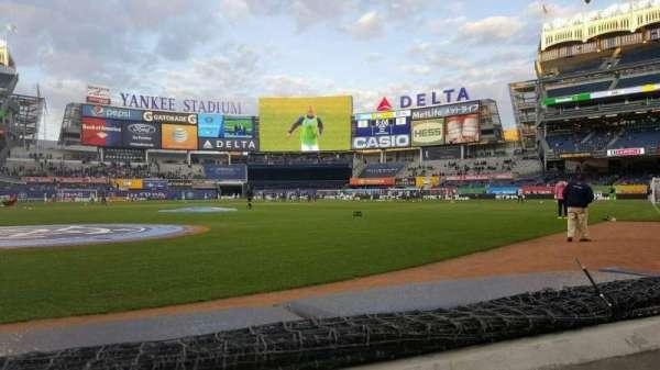 Yankee Stadium, Abschnitt: 018, Reihe: 1, Platz: 6
