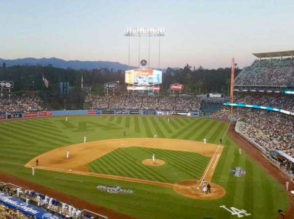 Dodger Stadium, Abschnitt: 7RS, Reihe: B, Platz: 11