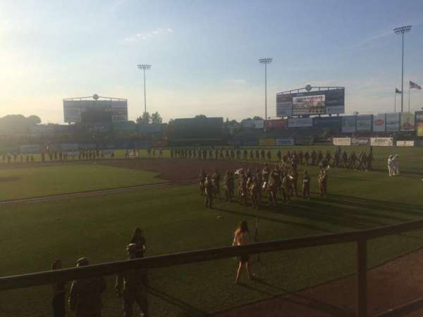 McCoy Stadium, Abschnitt: 4, Reihe: B, Platz: 3
