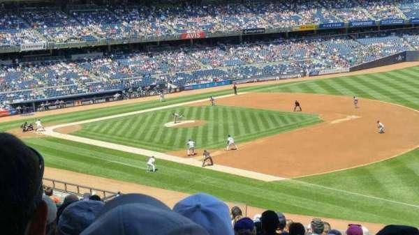 Yankee Stadium, Abschnitt: 212, Reihe: 14, Platz: 14
