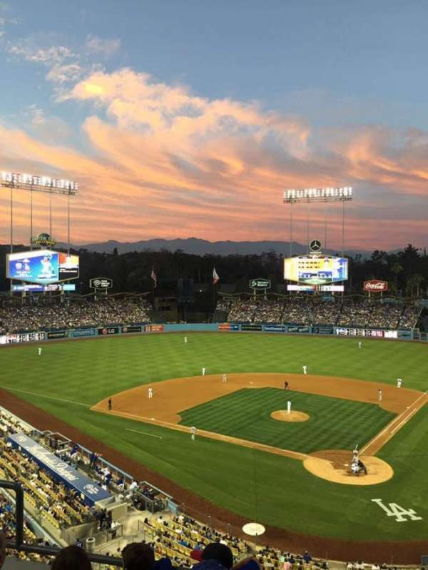 Dodger Stadium, Abschnitt: 5RS, Reihe: D, Platz: 12