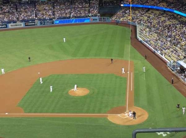 Dodger Stadium, Abschnitt: 11TD, Reihe: E, Platz: 1