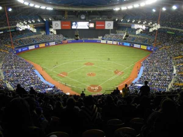 Olympic Stadium, Montreal, Abschnitt: 402, Reihe: R, Platz: 6