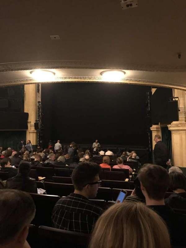 Hudson Theatre, Abschnitt: Orchestra R, Reihe: R, Platz: 14