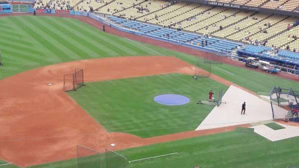 Dodger Stadium, Abschnitt: 23RS, Reihe: L, Platz: 12