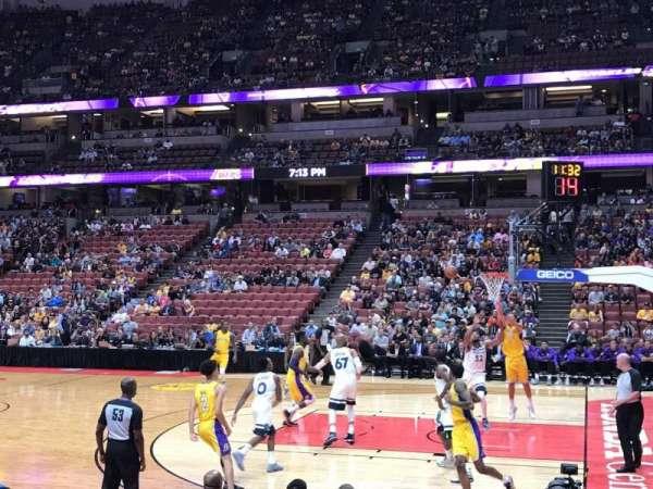 Honda Center, Abschnitt: 220, Reihe: F, Platz: 13