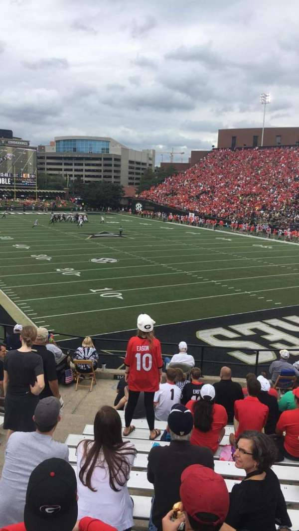 Vanderbilt Stadium, Bereich: I, Reihe: 14, Platz: 20