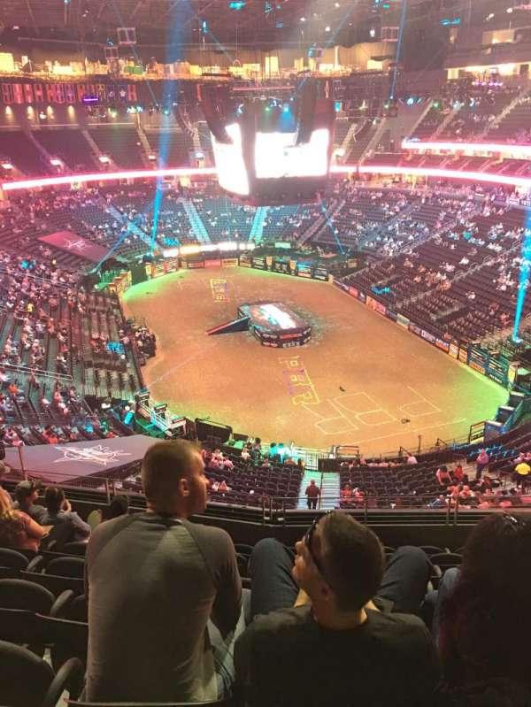 T-Mobile Arena, Abschnitt: 212, Reihe: H, Platz: 10