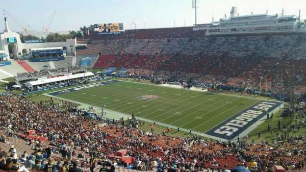 Los Angeles Memorial Coliseum, Abschnitt: 18L, Reihe: 87, Platz: 20