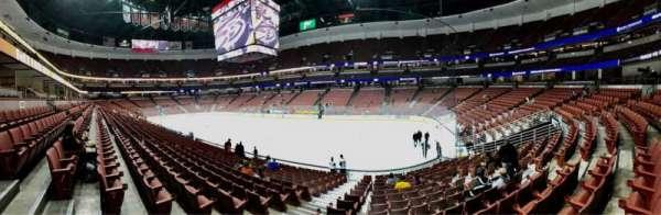 Honda Center, Abschnitt: 219, Reihe: Q, Platz: 10