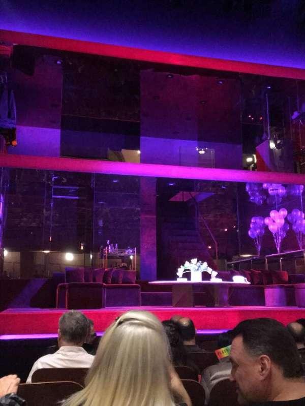 Booth Theatre, Abschnitt: Center orchestra, Reihe: E, Platz: 102